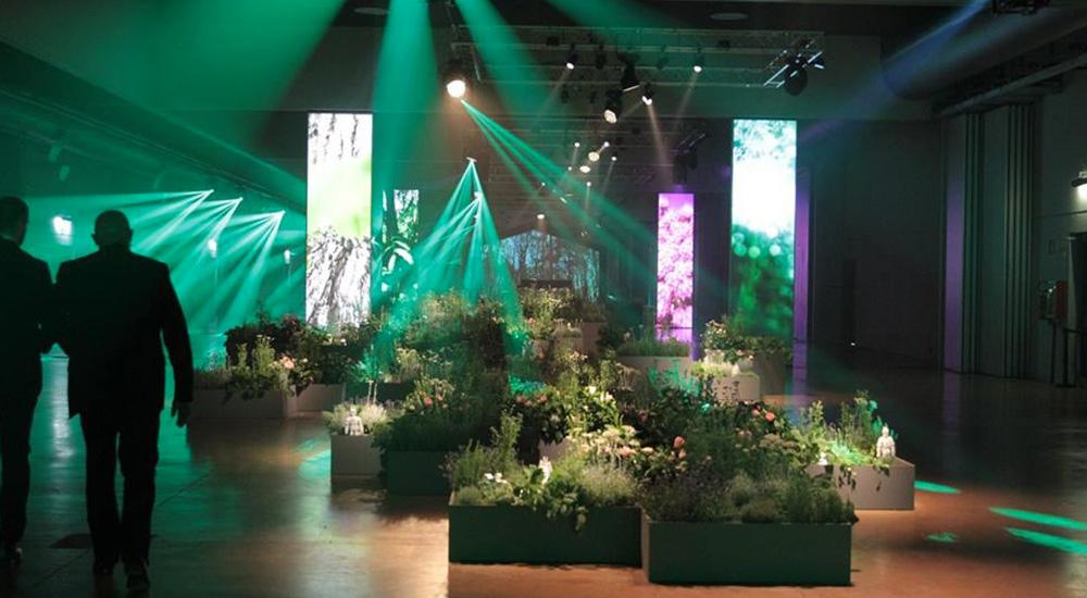 Colore verde arredamento casa illuminazione materiale legno drxbwoqec